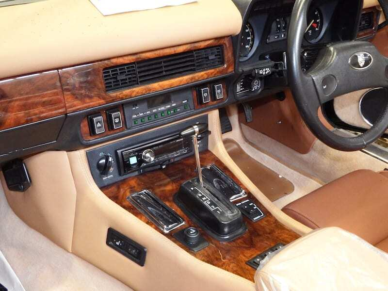 restoring a jaguar xjs make it look good inside and out xjs xj from kwe cars. Black Bedroom Furniture Sets. Home Design Ideas